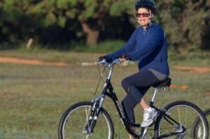 Dilma de bicicleta